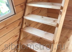 12.-Лестница-в-дачном-доме.